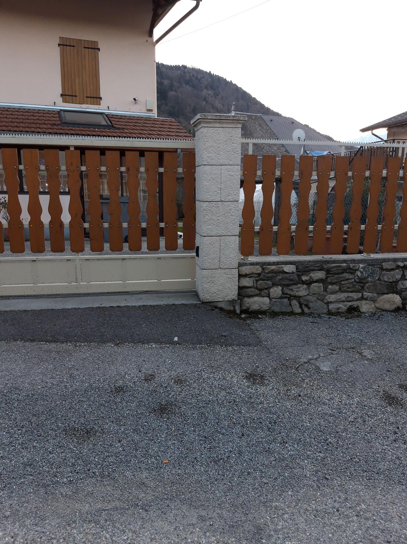 gros-oeuvre-amenagement-exterieur-zanardi-btp-allevard-poteaux-portail