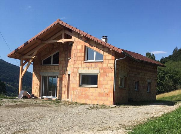 gros-oeuvre-construction-brique-zanardi-btp-allevard-villa-brique-allevard