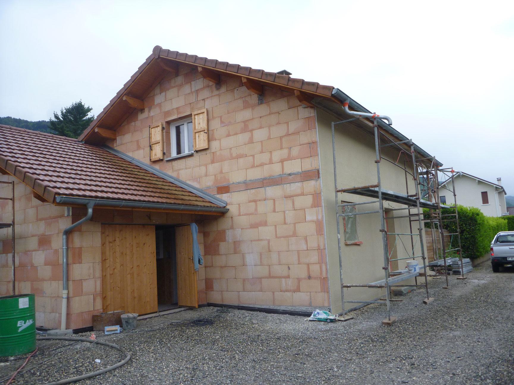 gros-oeuvre-facades-zanardi-btp-allevard-crepi-sur-brique