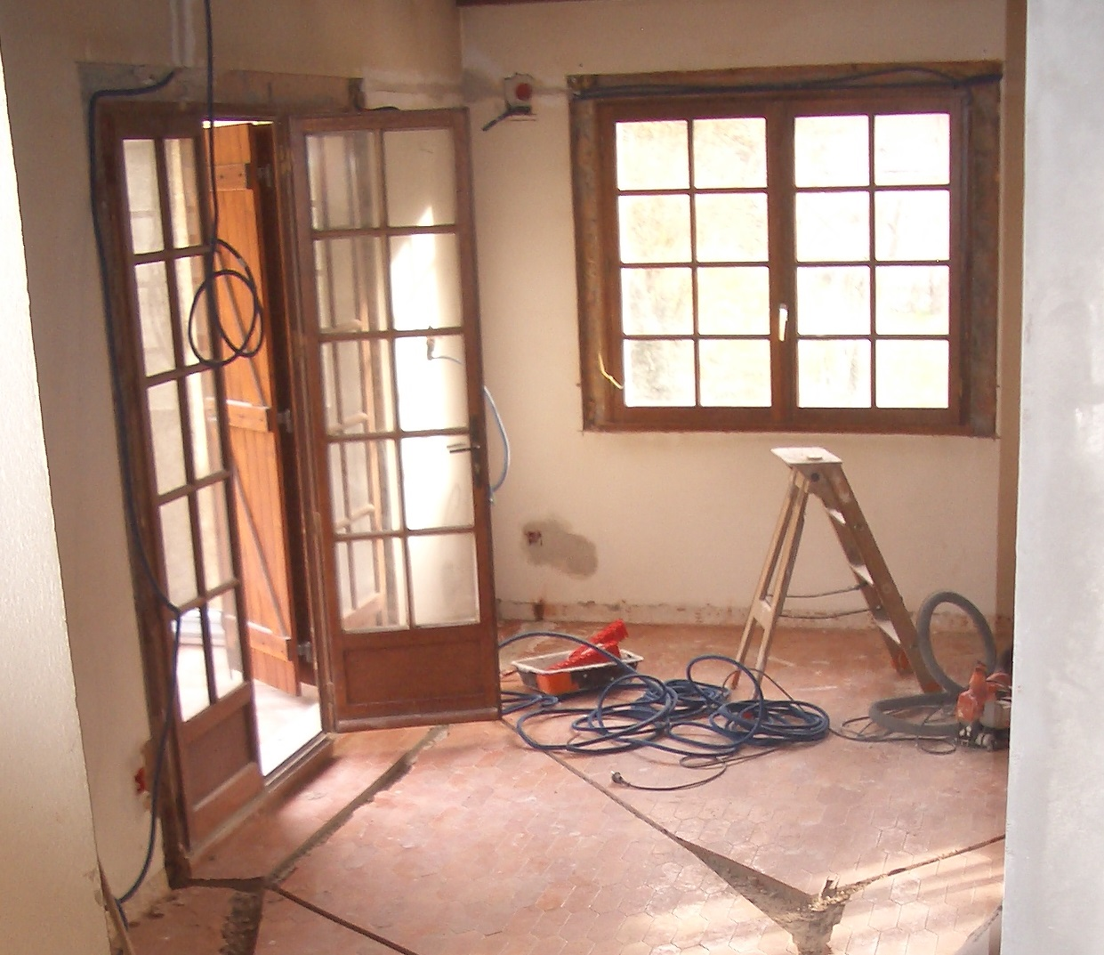 qualibat-menuiserie-renovation-zanardi-btp-allevard-1-menuiserie-avant